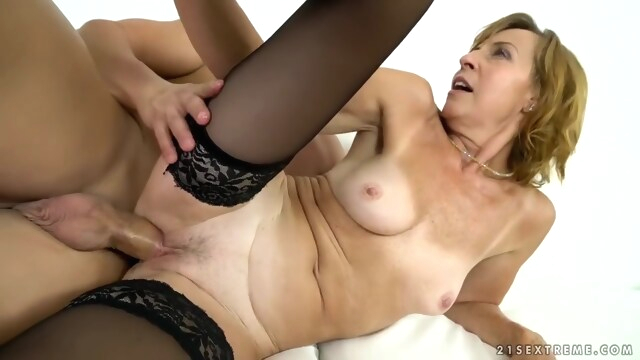 Granny Lotty Blue.. beeg blonde free fetish