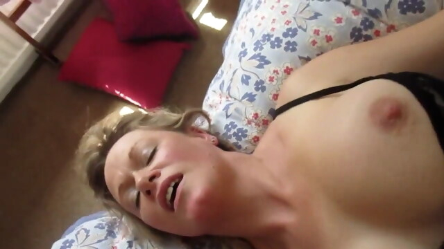 minutes of fun.. beeg blonde free cumshot